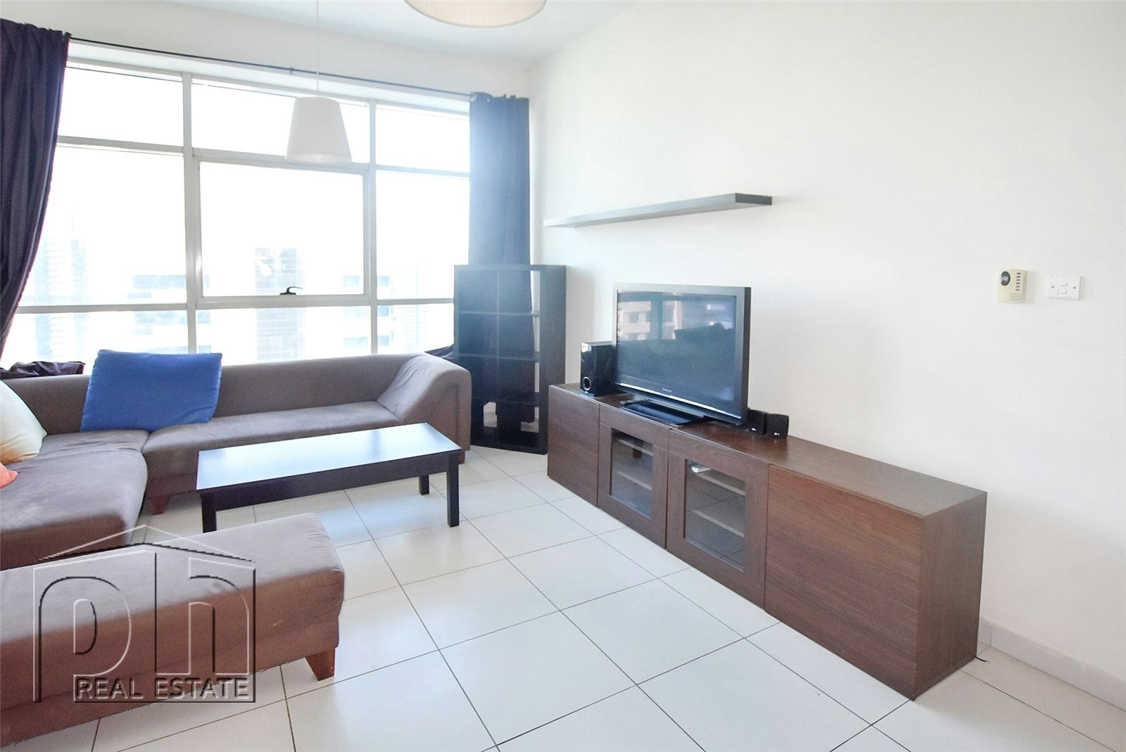 Marina Tower-Furnished- Multiple cheques accepted.
