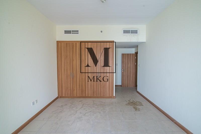 High Floor 3 bedroom Apartment in Sulafa