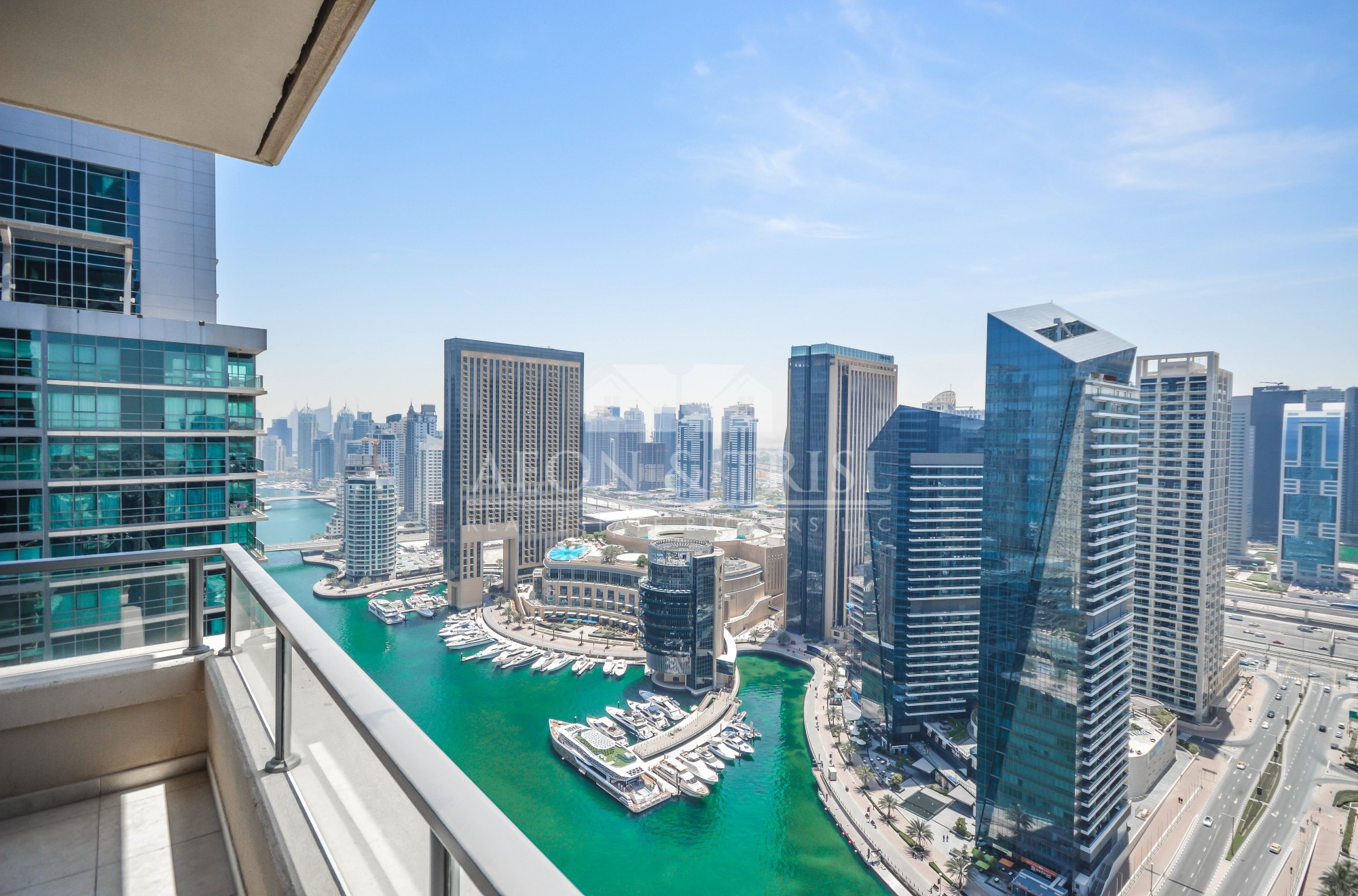 Full marina view | 3 beds for rent | Chiller free