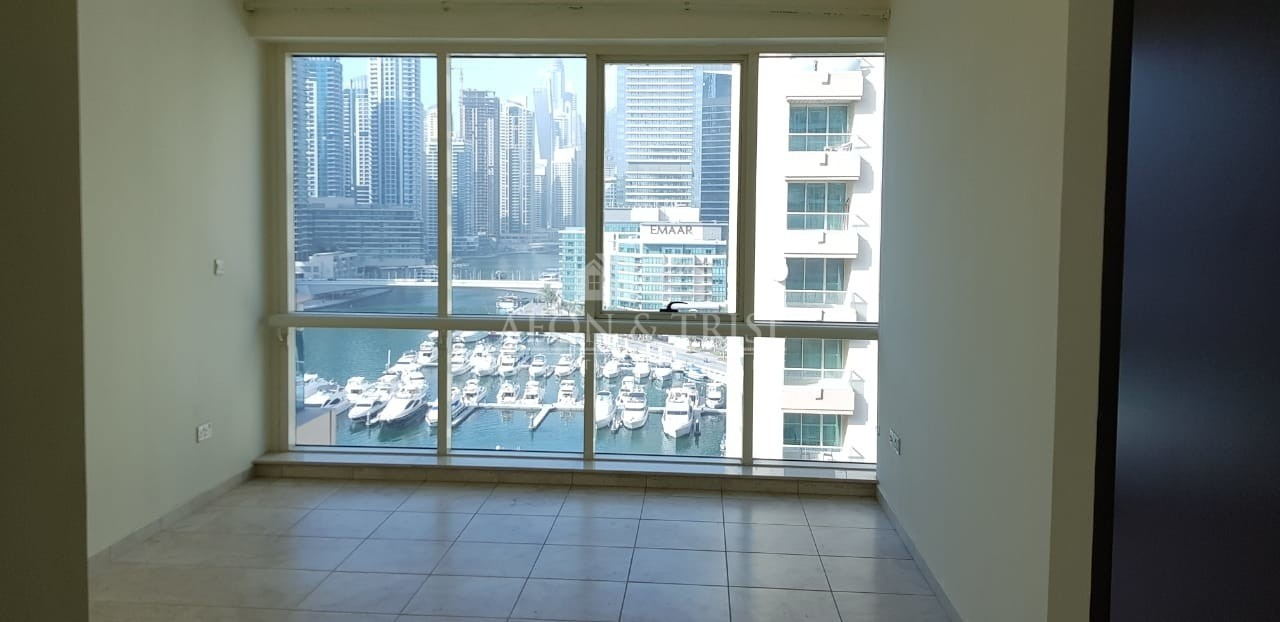 Exclusive, large 3 Bed with Maids with Marina View