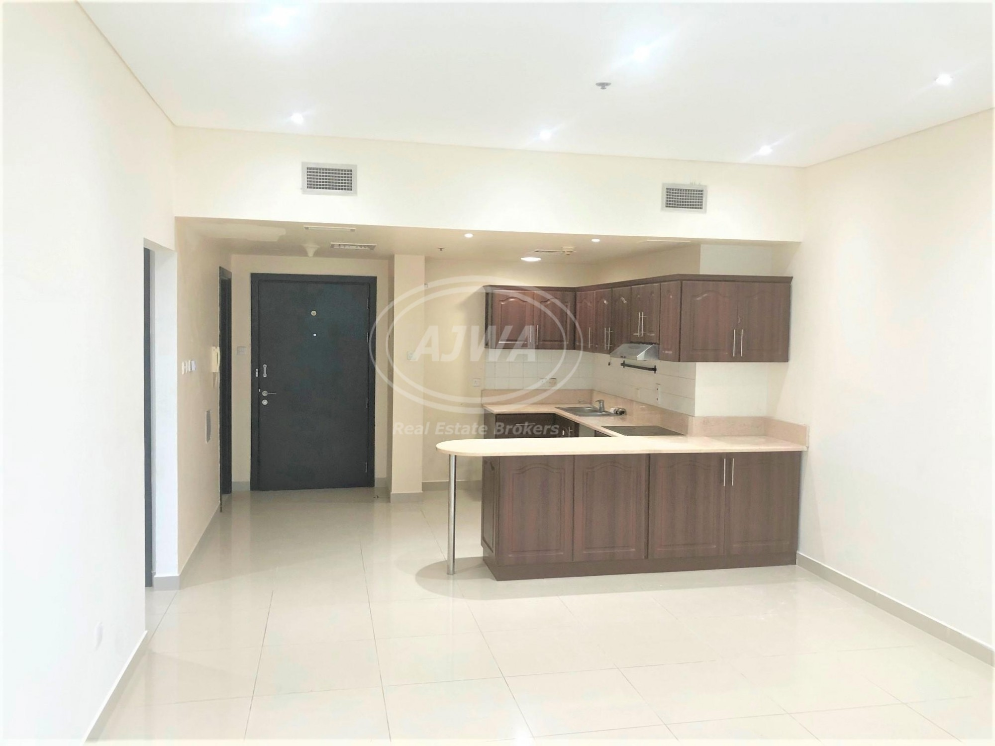 Spacious 2BR in Yacht Bay   Chiller Free