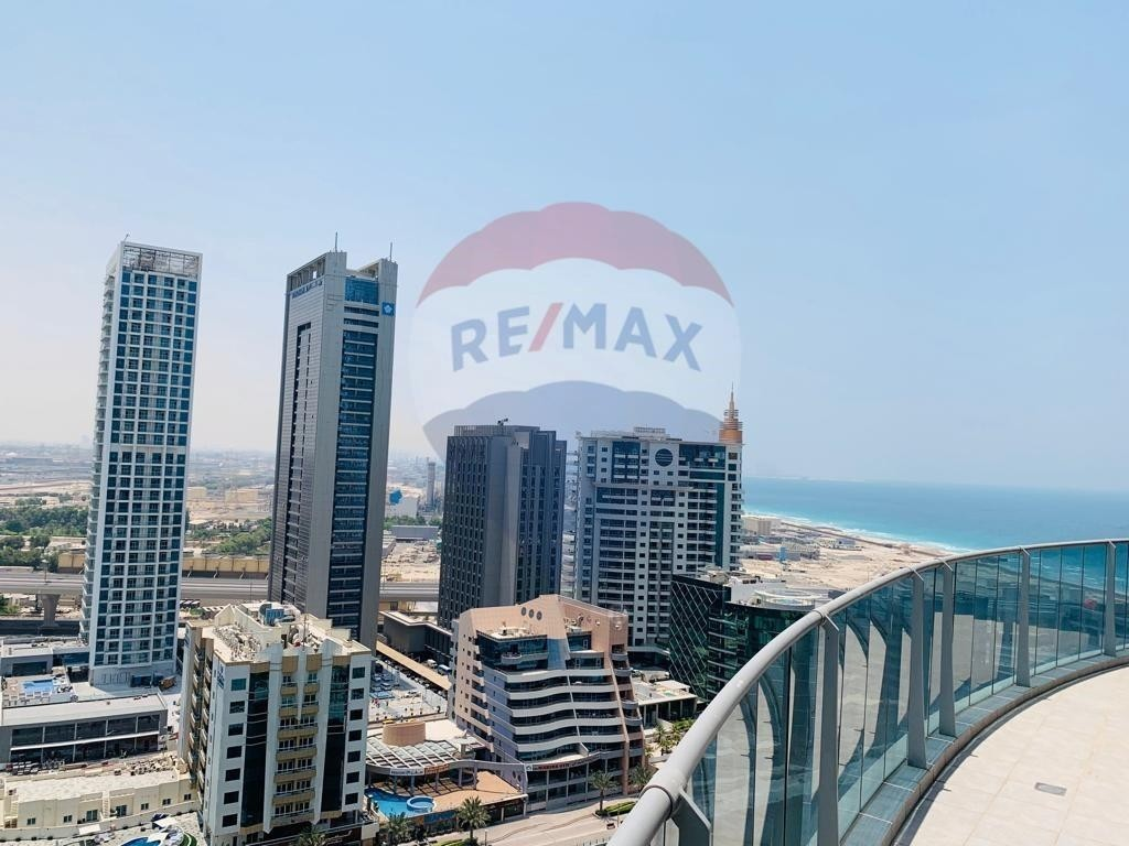 Duplex Penthouse |Private rooftop pool | Stunning Marina Views