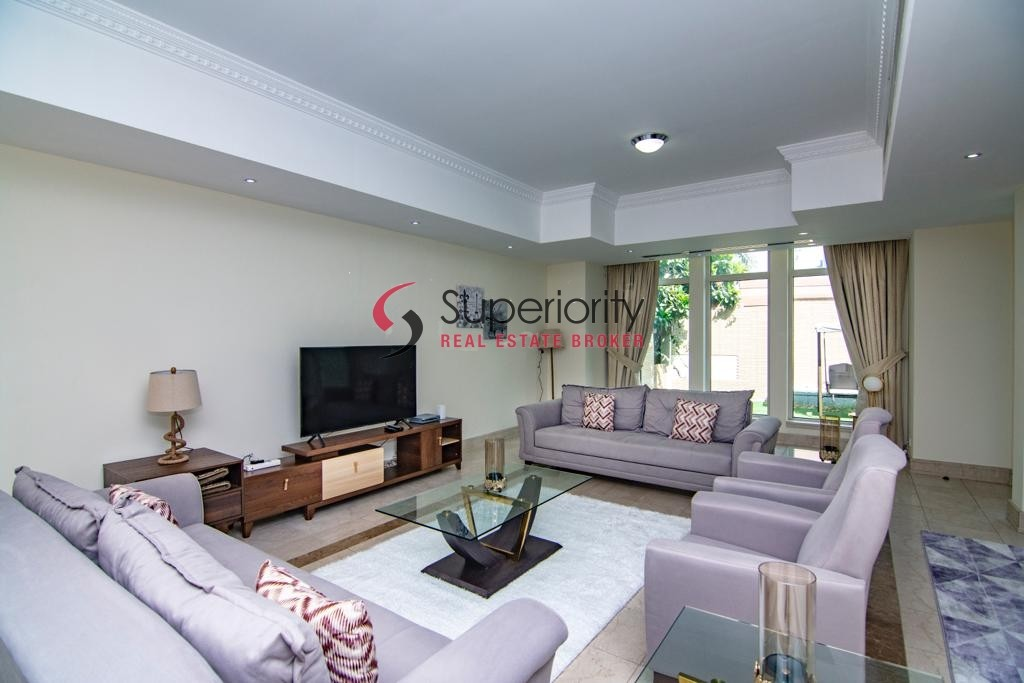 Beautiful Furnished and The Very Cheapest Villa in Emaar 6 in the Heart Of Dubai Marina