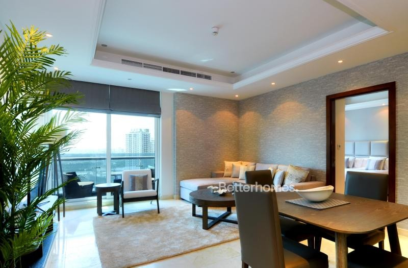 Vacant  Fully Furnished   Mid Floor   Marina View