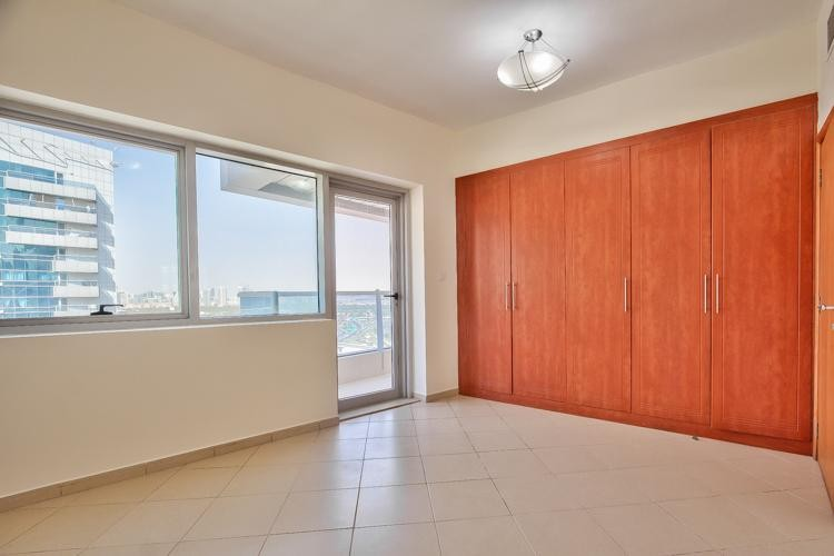Exclusive - 2 bed  - Marina & Sheikh Zayed Road View