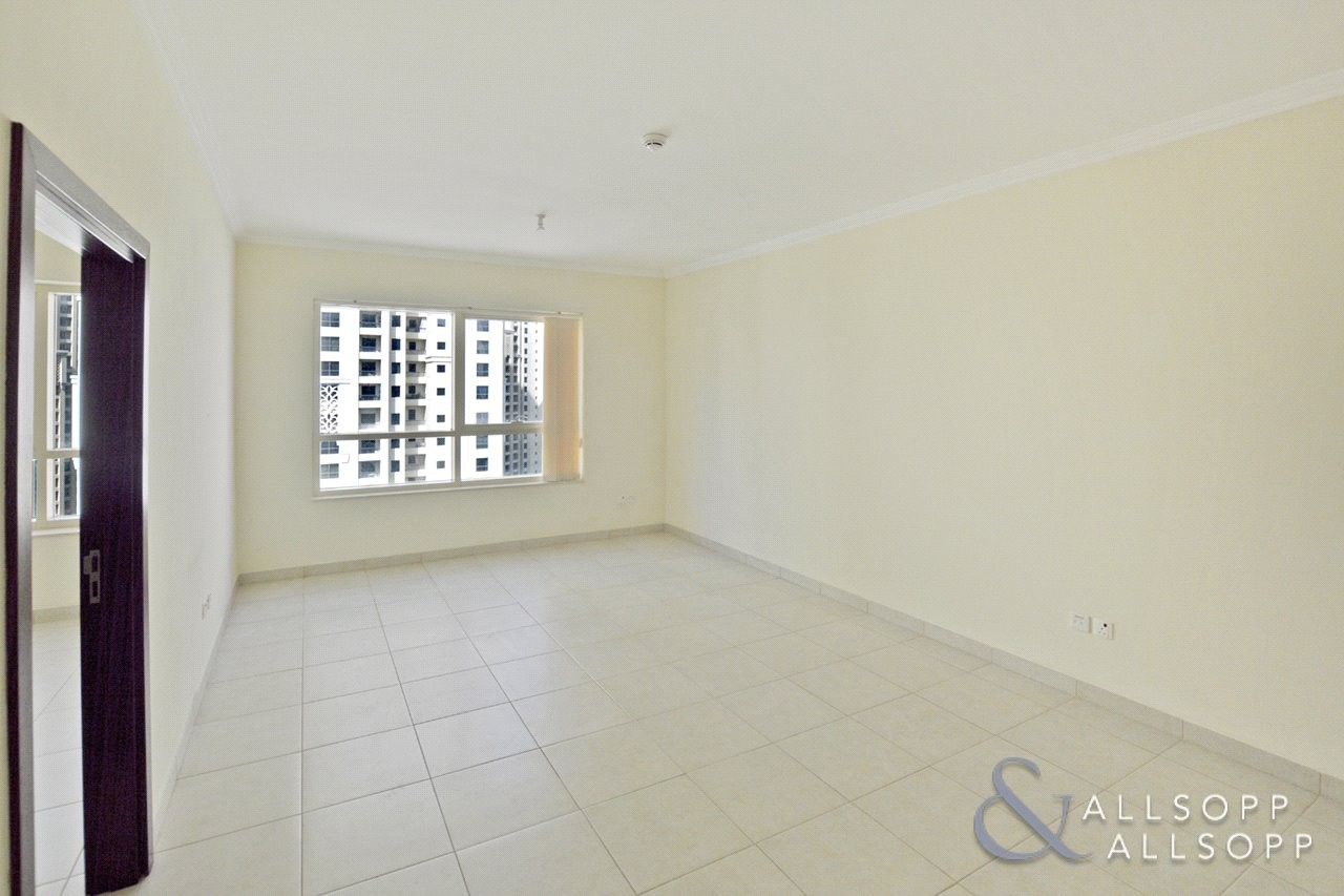 Bright and Spacious 1 Bed | Unfurnished