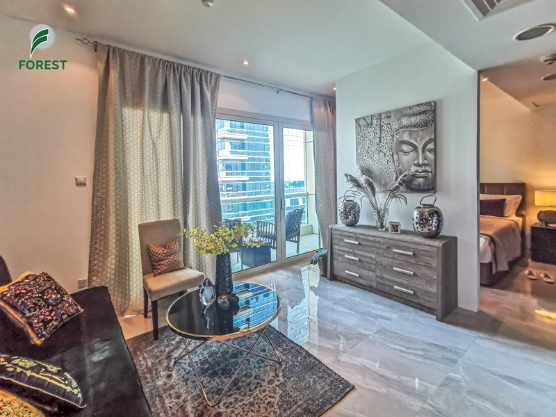 Spacious Studio on Mid Floor | Well-Maintained