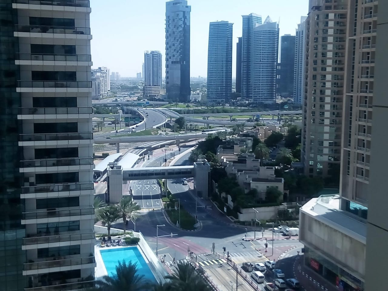 Unfurnished 1 bedroom flat for Rent in  marina pinnacle Tower