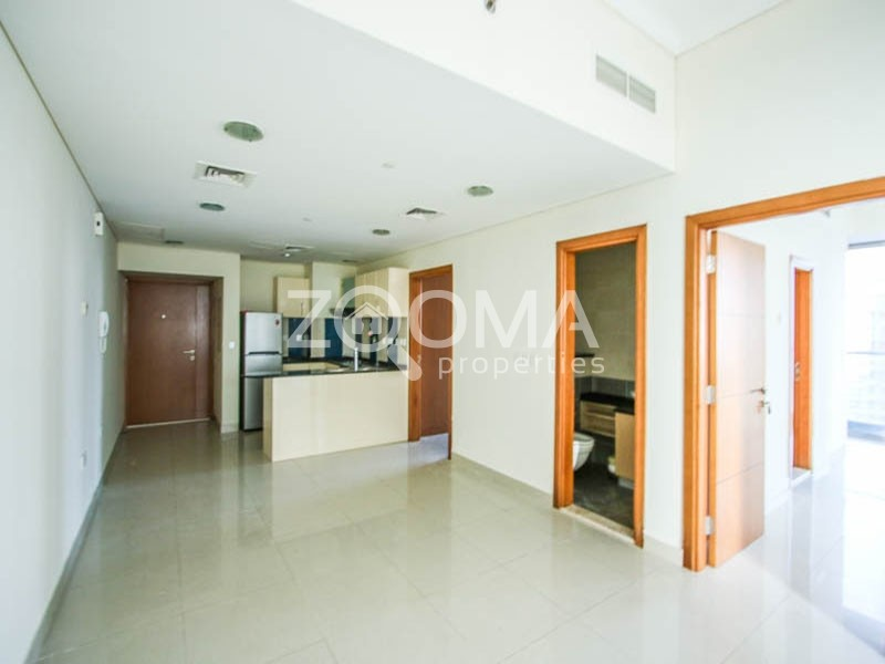 Spacious 2 Br with Sea View | Chiller free