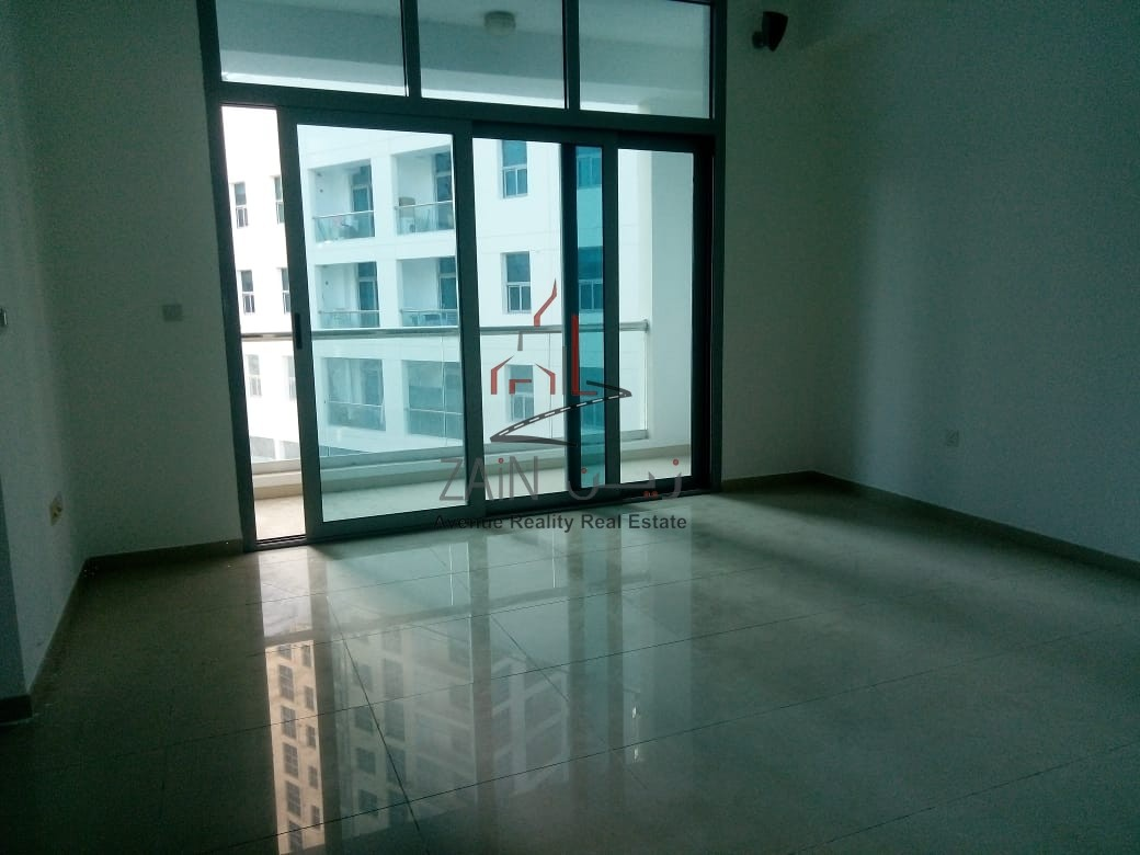Lovely Studio Apt | Huge Balcony | Chiller Free | Dubai Marina