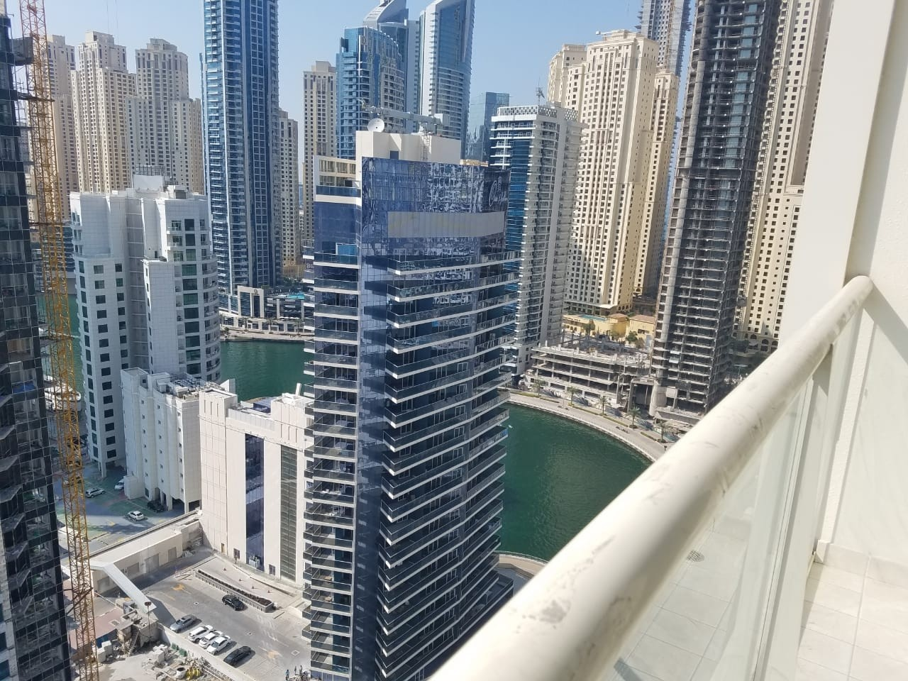 Fully furnished 1 bedroom apartment for rent in Marina view Tower