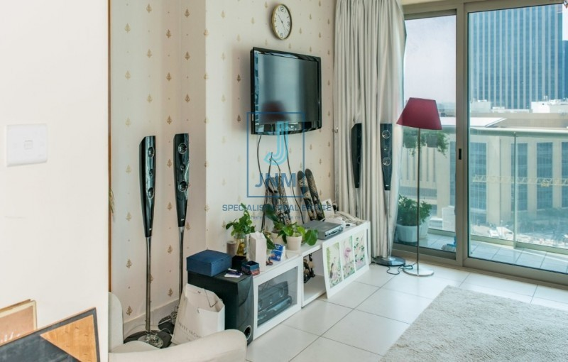 Higher Floor| Close to Marina Mall and Metro