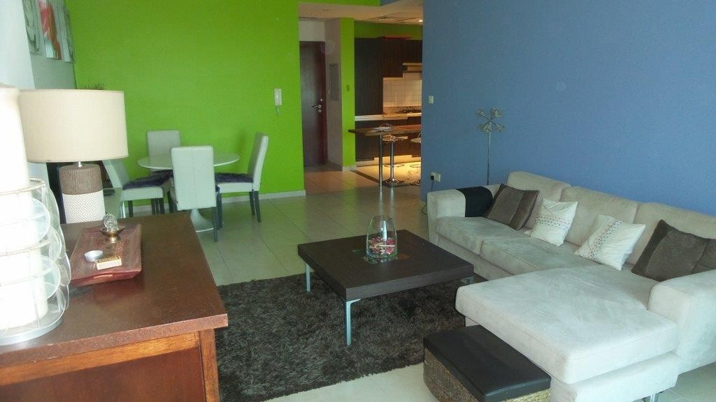 Beautiful Apartment in great building and location