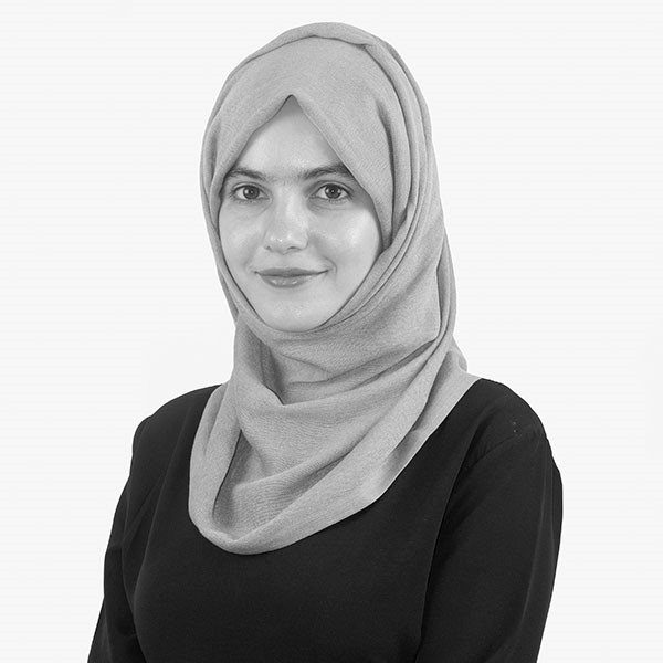 Zeenat Hamdan