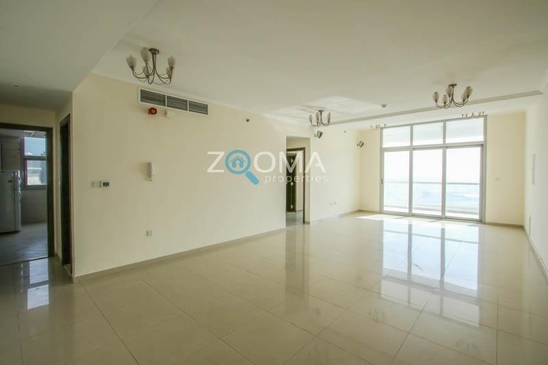 Chiller Free  Huge Apartment  High Floor