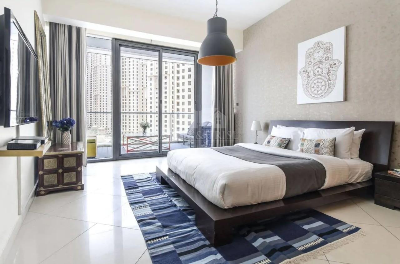 Furnished 2 Bed | Huge Balcony Mid Floor