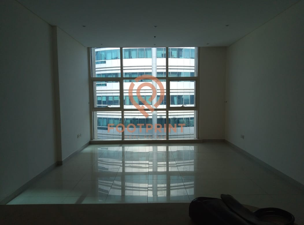 2 BR | Un furnished | Near Metro & Tram