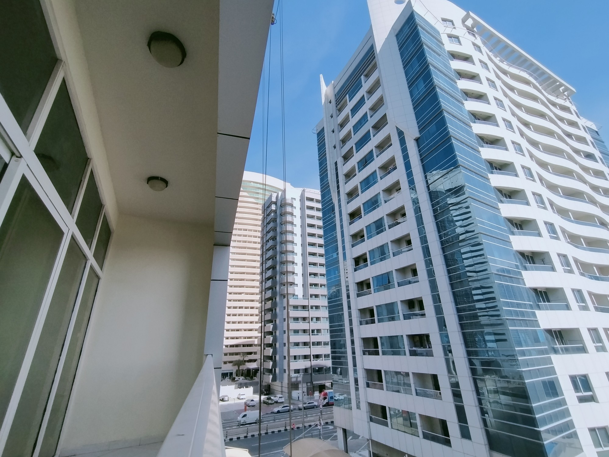 Urgent deal  1 BHK apartment in Dubai Marina