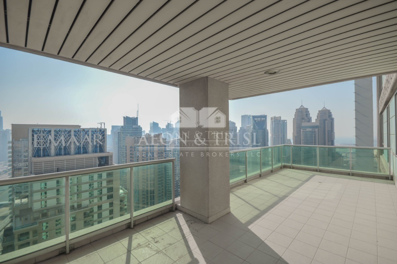 Golf course and Marina view | Largest unit |Vacant