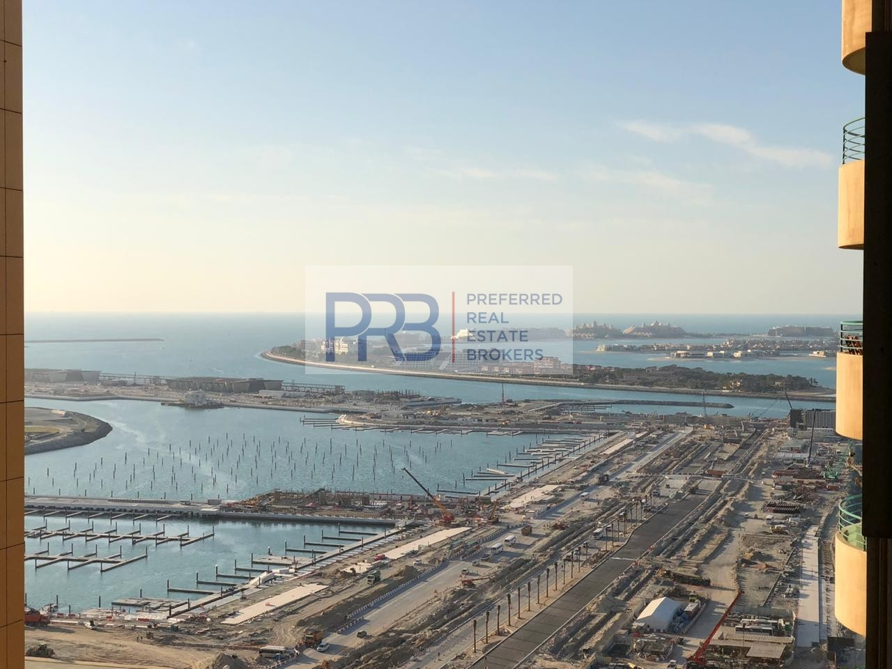 Sea View Fully Furnished 2BHK Apartment in Marina Crown