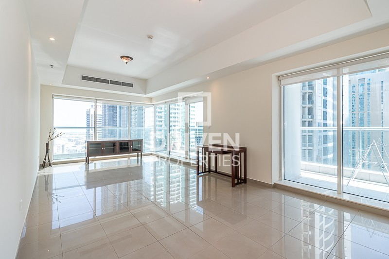 Available, Huge and Stunning| High Floor