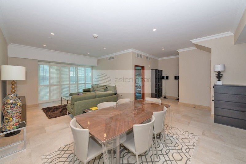 Newly Upgraded 2BR Duplex in Marina Heights