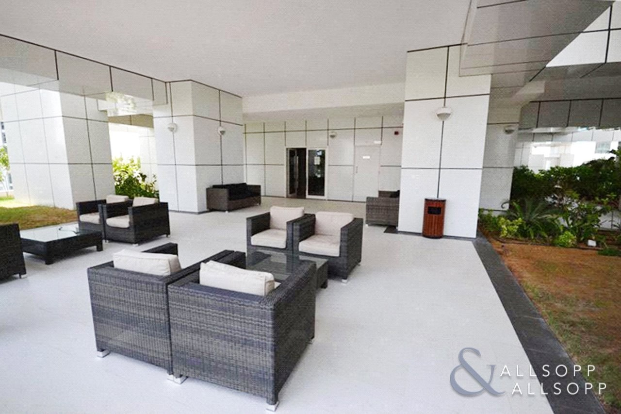 Studio | Modern | Unfurnished | High Floor