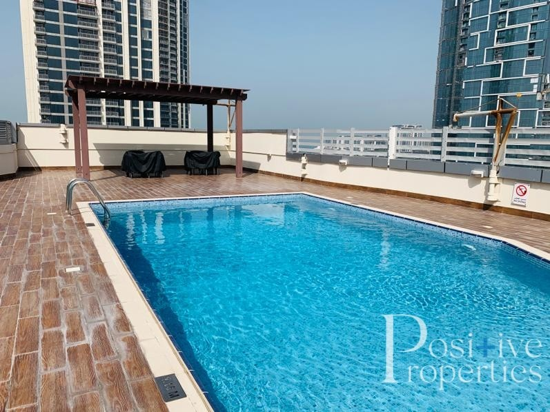 ONE MONTH FREE | CHILLER FREE | SEA VIEW