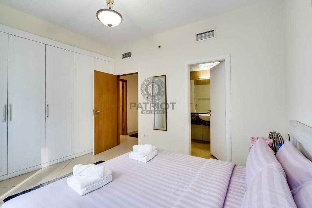 Well Maintained Beautiful 2 bedroom apartment in marina diamond