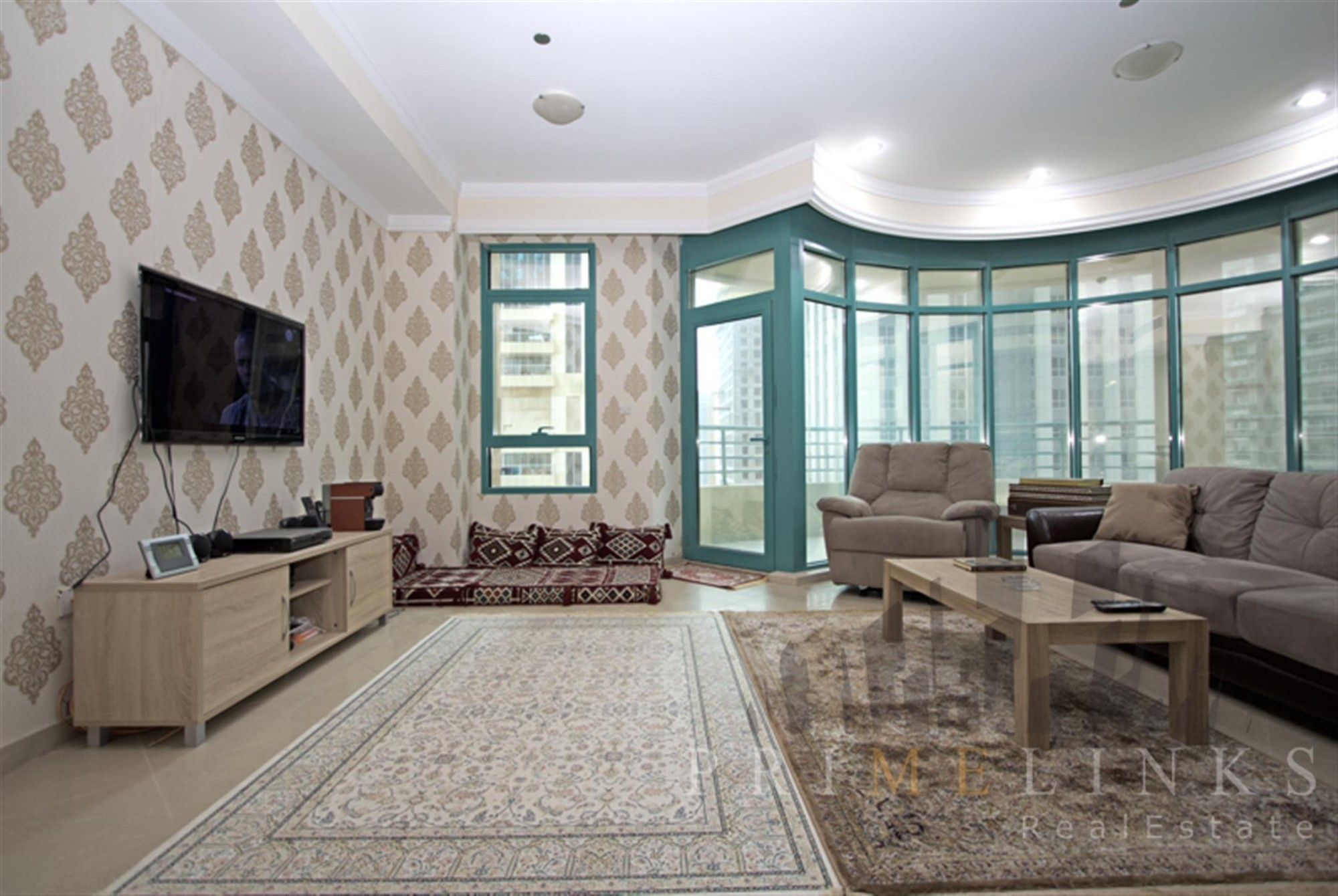 Excellent Condition 2 Beds Furnished Maid's room