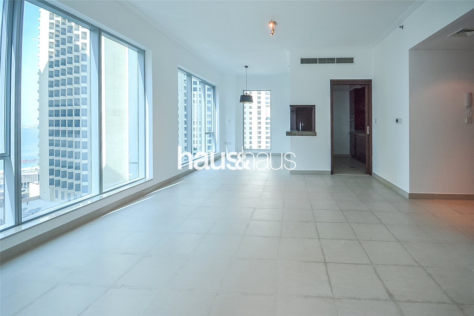 Lower Penthouse | Massive Terrace | High Floor