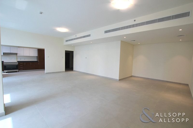 Multiple Cheques | 3 Bedrooms | Chiller Free