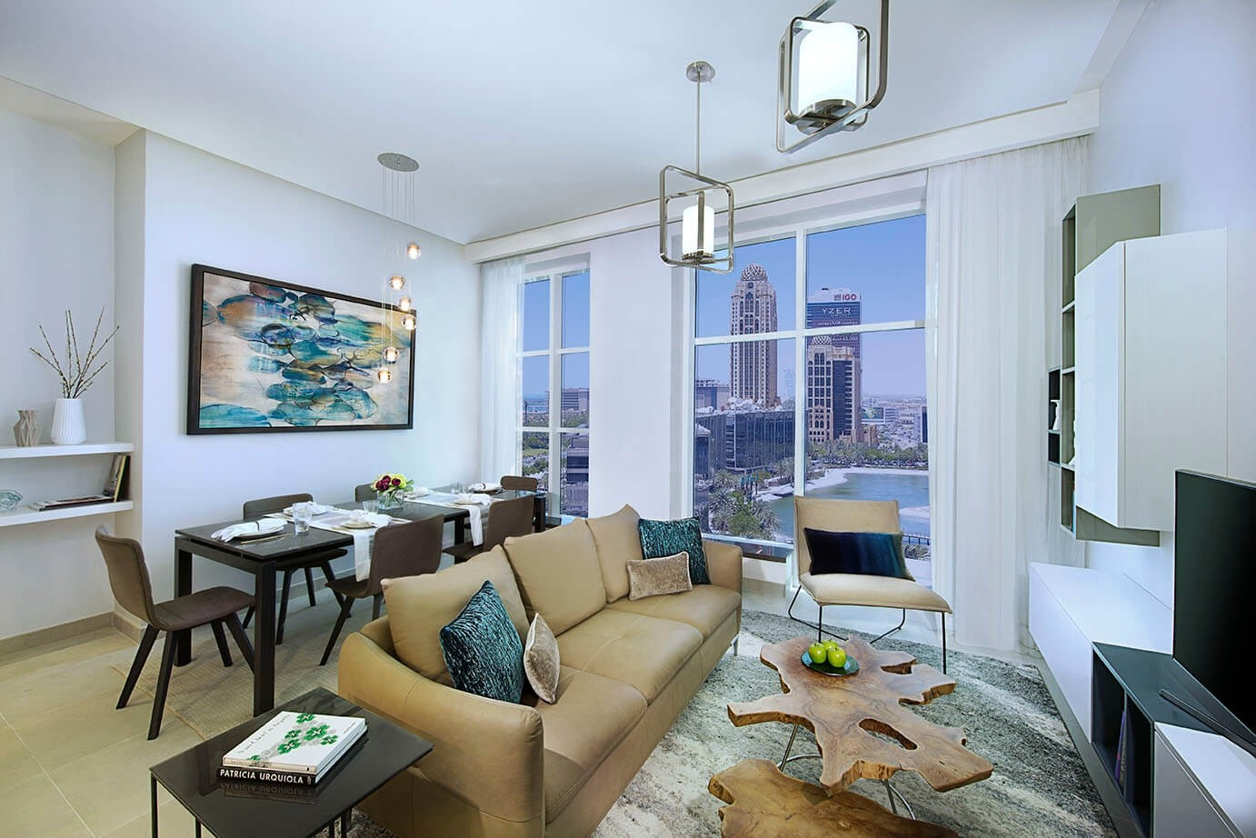 Spacious , and bright apartment , sea view