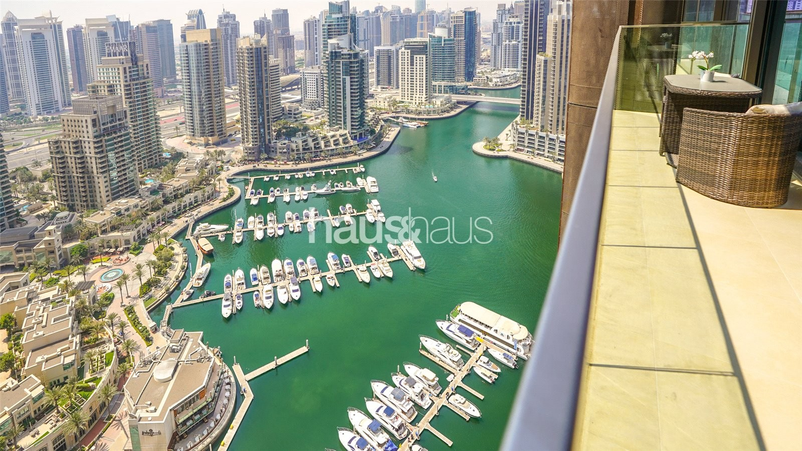 Marina View   Beautifully Furnished   Ready Now
