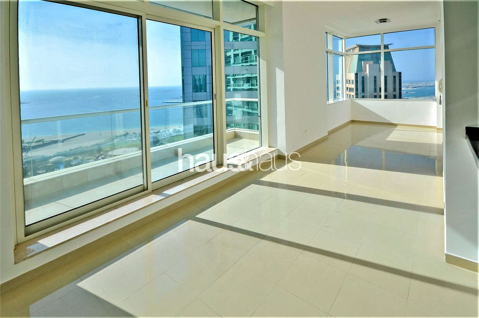 1 - 6 Cheques | Sea View | Priced to rent