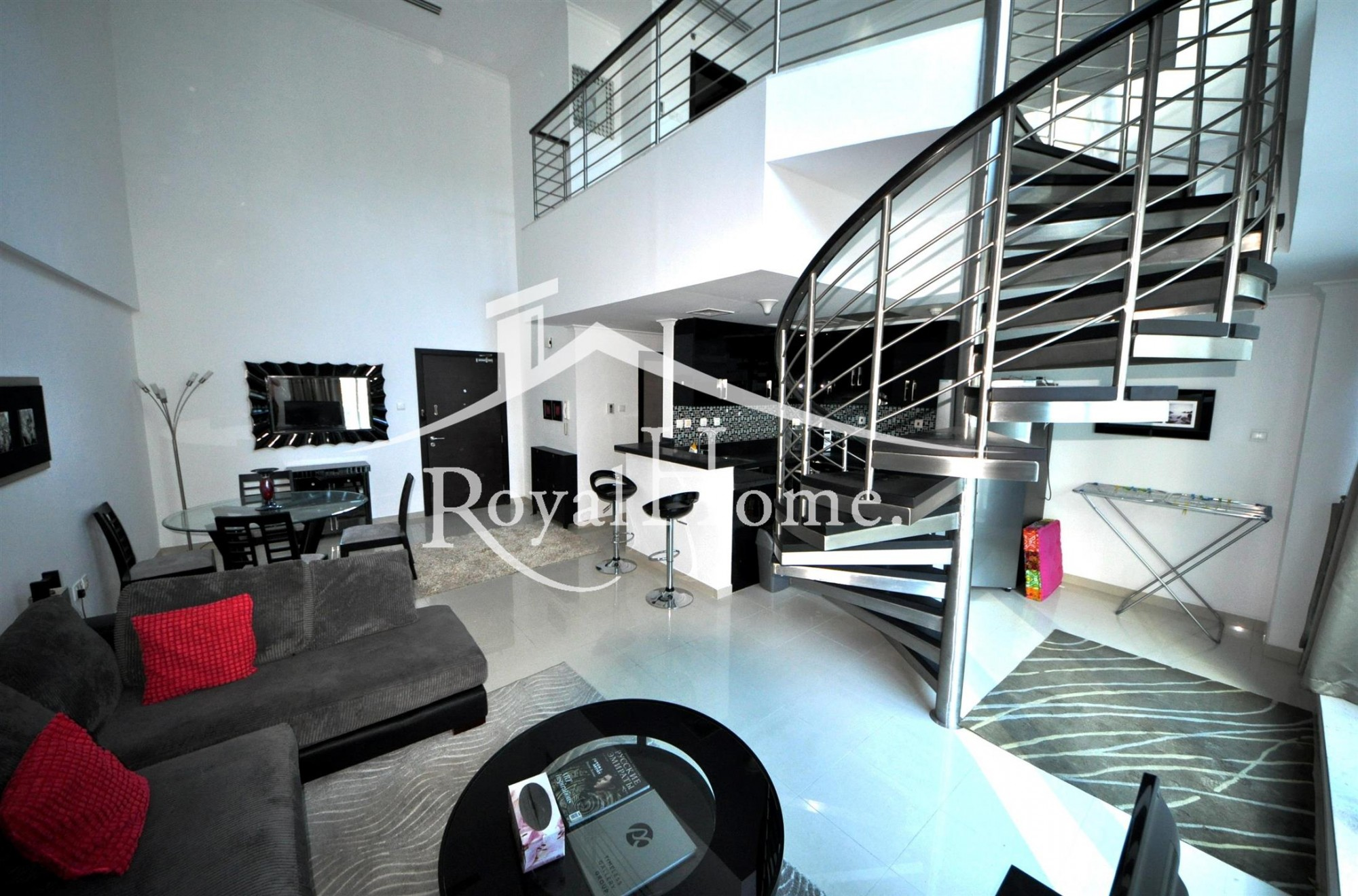 Loft with Terrace & Garden | 1BR | Fully Furnished