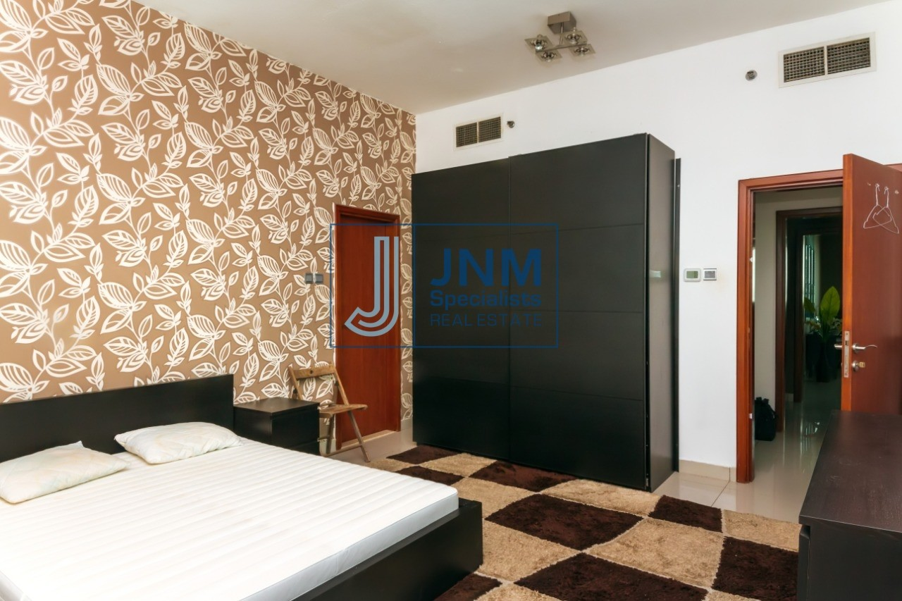 Exclusive Fully Furnished and High Floor 2 Beds