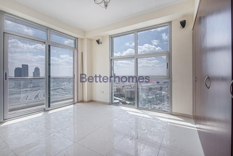 Large |High Floor | Vacant | Marina View