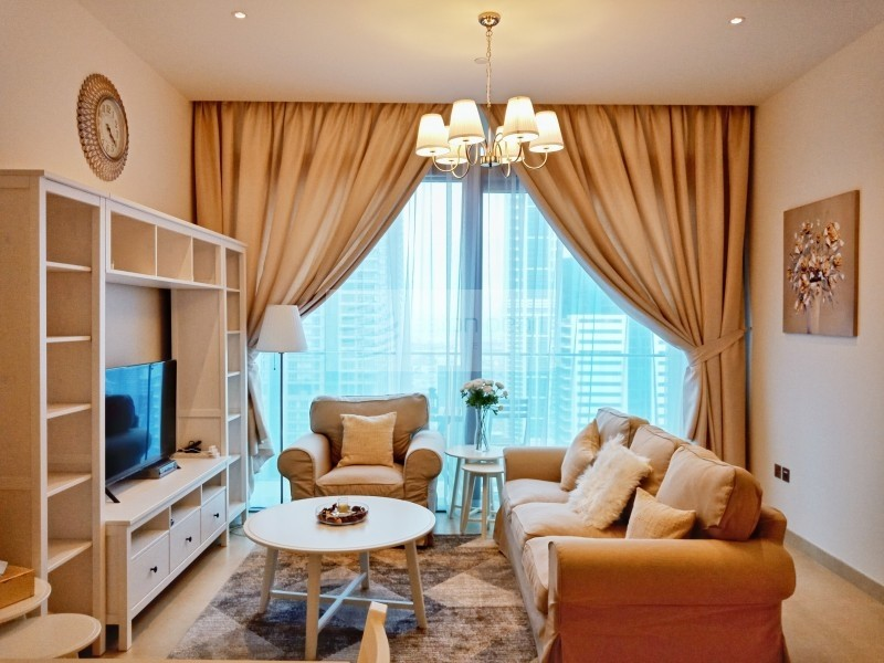 Vacant   Beautifully Furnished 1BR   On High Floor