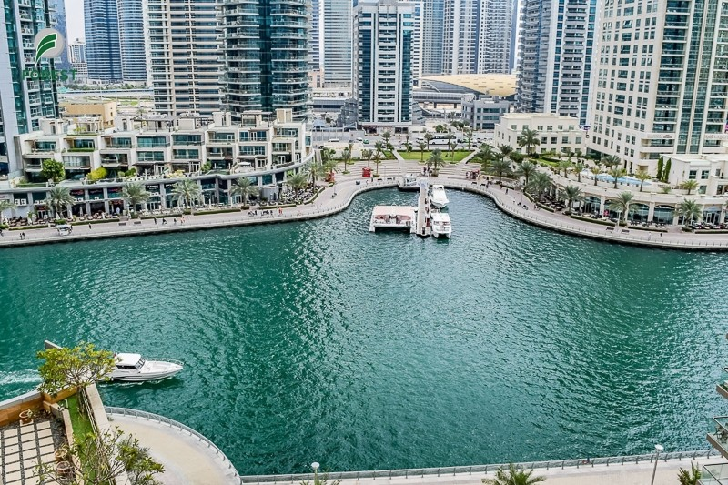 Vacant 2 Bedrooms with Marina View on High Floor
