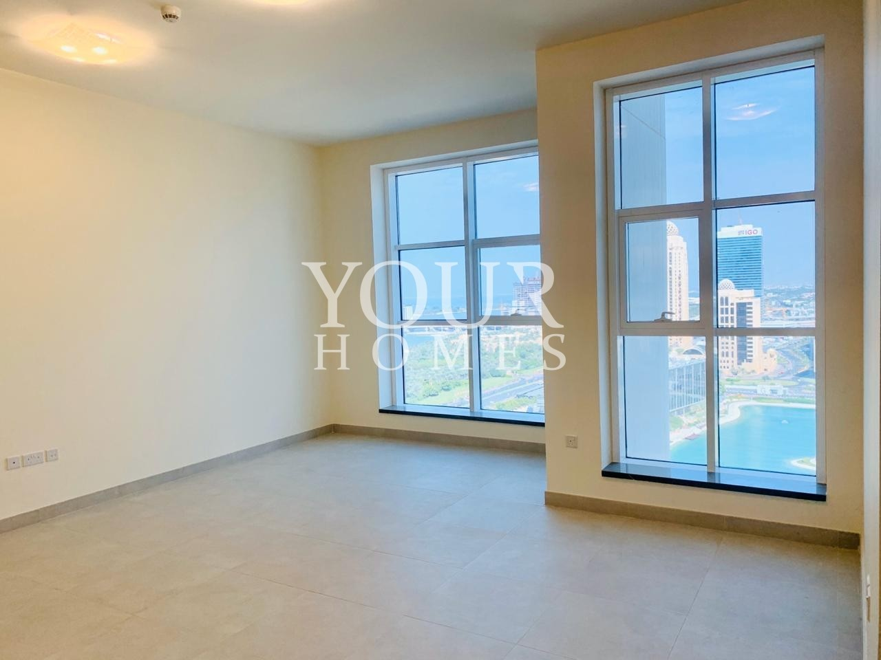 LD   Large and bright apartment sea view