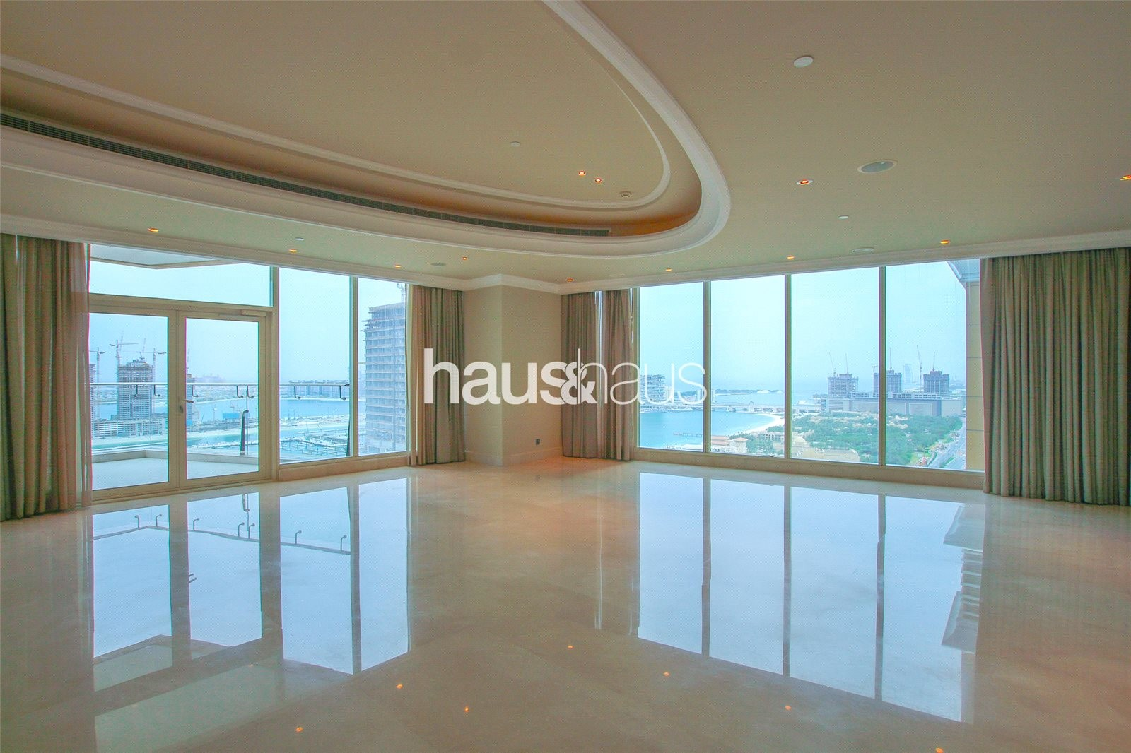 Half Floor | Luxury Building | Easy To View