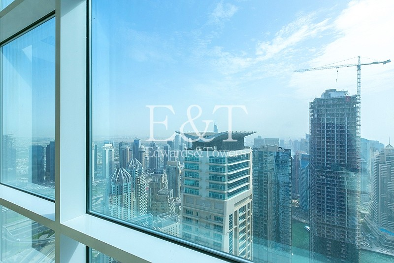 2BR Apt on High Floor with Fantastic View