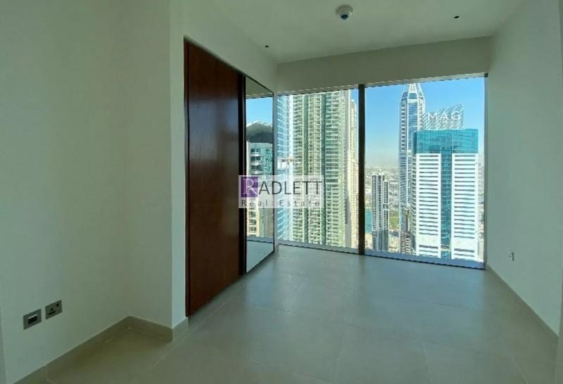 Stunning 1 BR ,Dubai Skyline View, 100% DLD Waiver