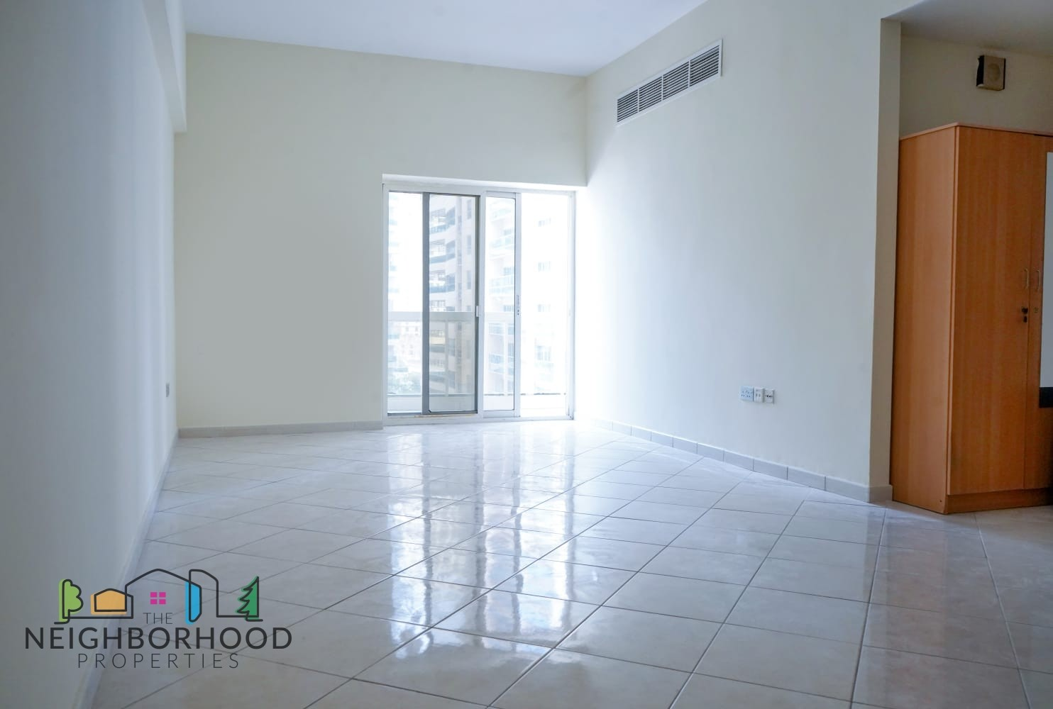 Bright and Spacious 1 Bedroom Unit for Rent in Mar