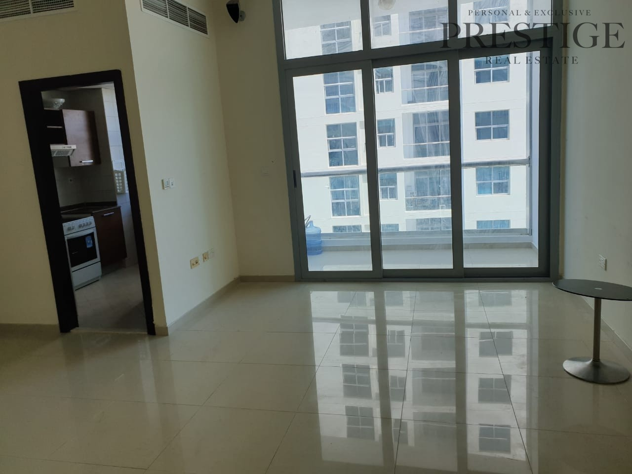 1 Bed DEC tower with Partial Marina/Sea View