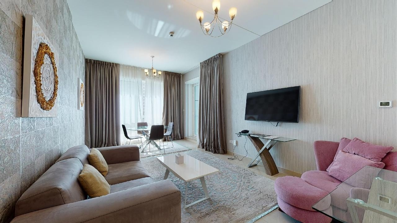 Deluxe hotel apartment | Pet-friendly | Pay rent online