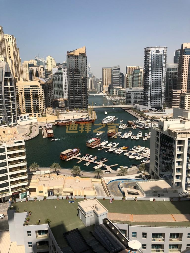 Bright and  furnished/ Neat and Clean/ 2 bedroom apartment in Dubai Marina