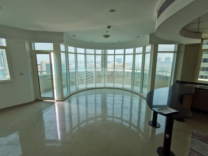2 BR + Storage with Amazing Sea Views | Vacant Now