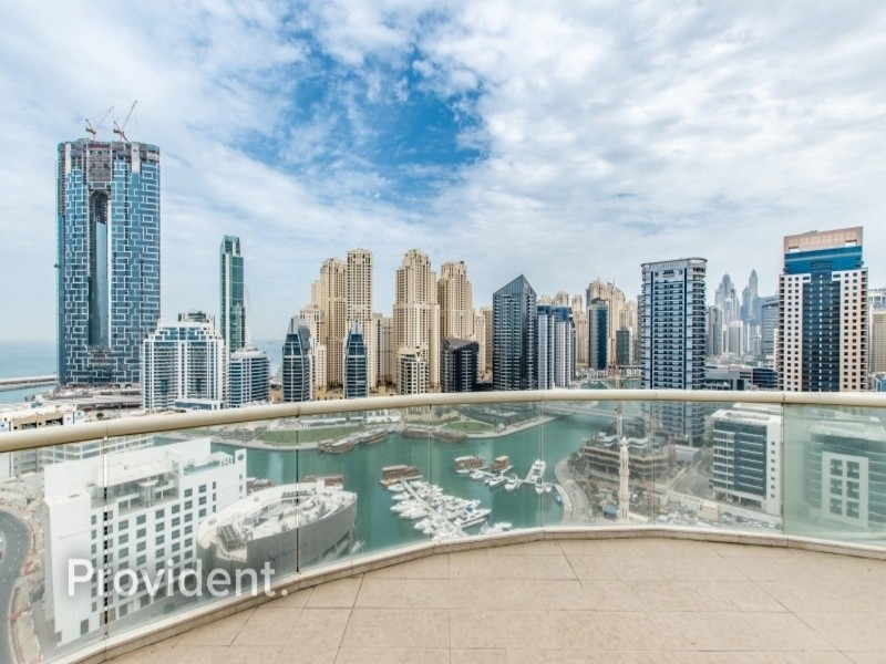 Penthouse|Stunning views|Private Elevator & Pool
